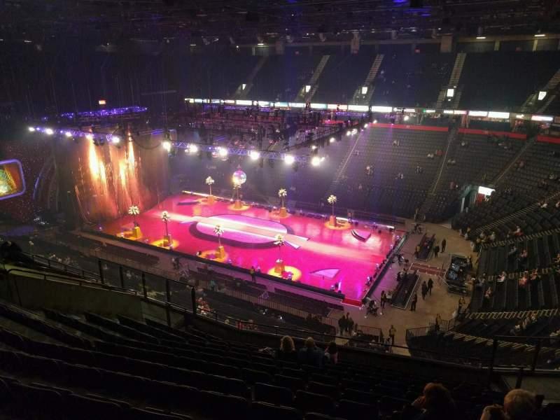 Vista sentada para Manchester Arena Secção 205 Fila m Lugar 19