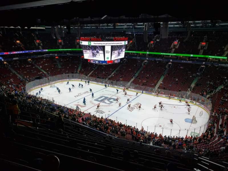 Vista sentada para Rogers Arena Secção 320 Fila 14 Lugar 105