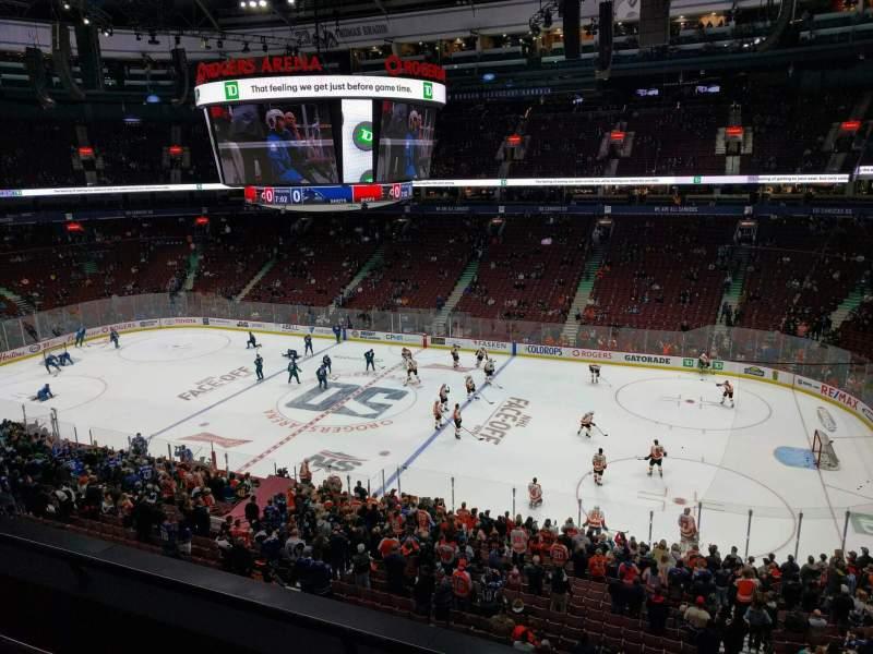 Vista sentada para Rogers Arena Secção 321 Fila 3 Lugar 102