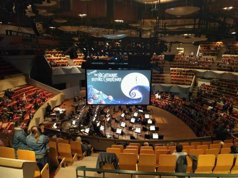 Vista sentada para Boettcher Concert Hall Secção Mezzanine 7 Fila n Lugar 32