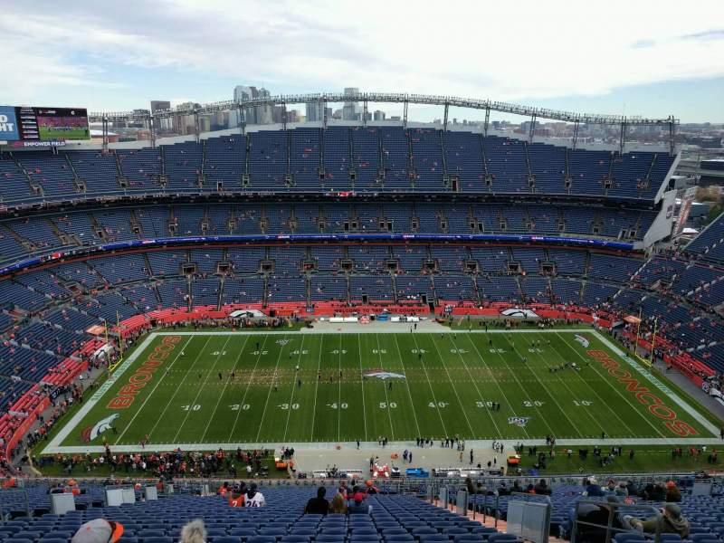 Vista sentada para Empower Field at Mile High Stadium Secção 509 Fila 35 Lugar 5