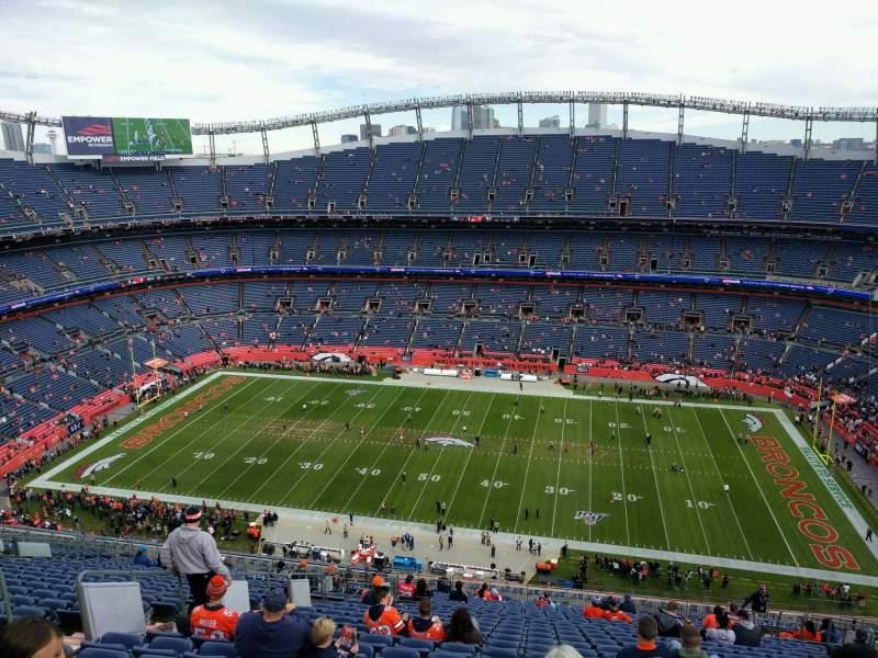 Vista sentada para Empower Field at Mile High Stadium Secção 506 Fila 27 Lugar 13