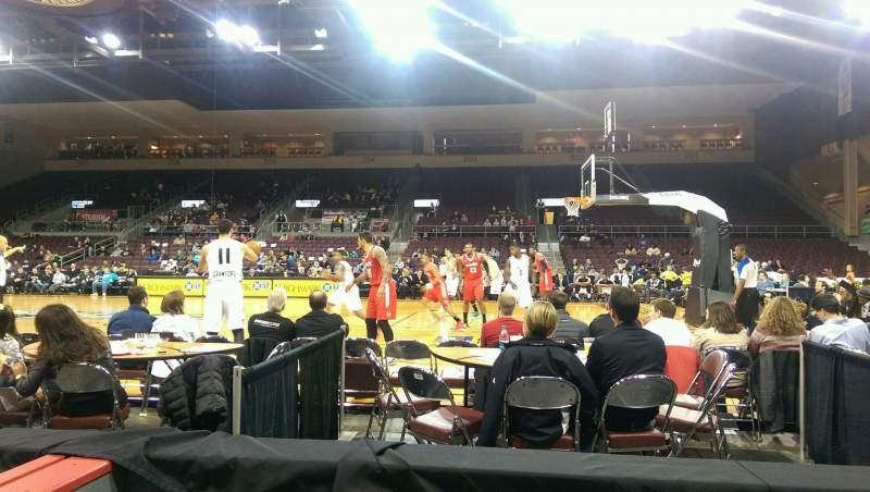 Vista sentada para Erie Insurance Arena Secção 120 Fila B Lugar 3