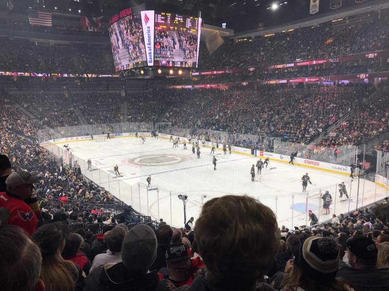 Vista sentada para T-Mobile Arena Secção 19 Fila W Lugar 9