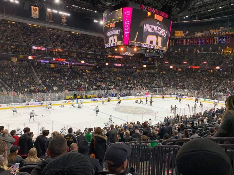 Vista sentada para T-Mobile Arena Secção 13 Fila S Lugar 9