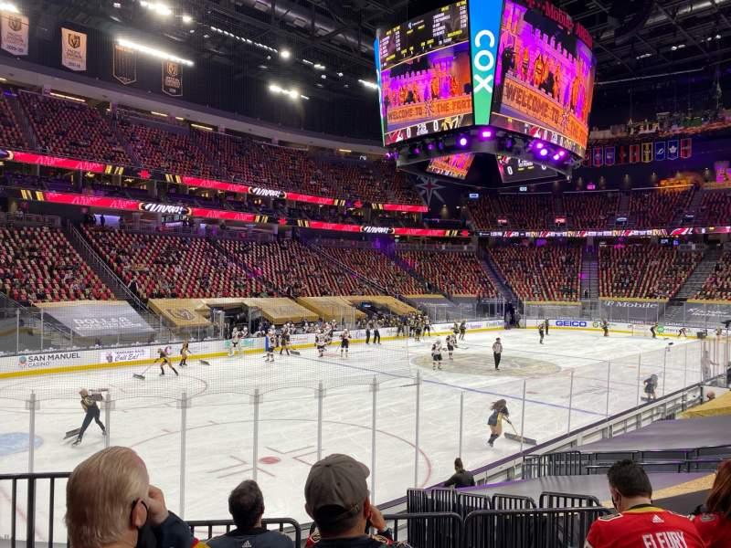 Vista sentada para T-Mobile Arena Secção 13 Fila K Lugar 2