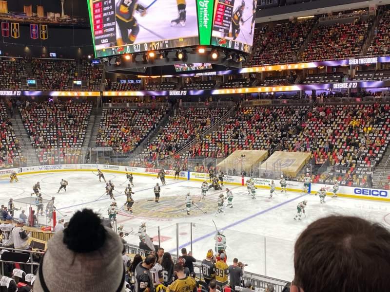 Vista sentada para T-Mobile Arena Secção 7 Fila S Lugar 18