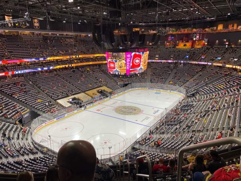 Vista sentada para T-Mobile Arena Secção 217 Fila J Lugar 17
