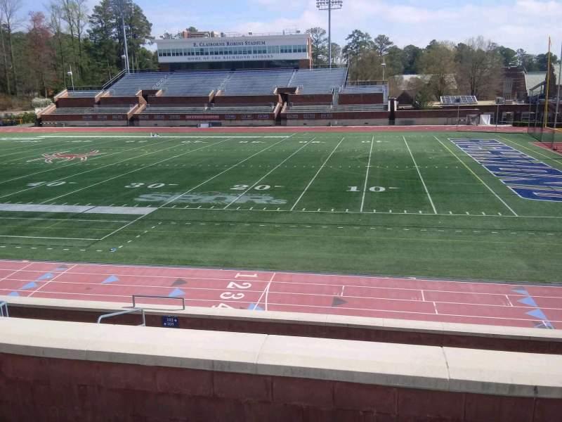 Vista sentada para Robins Stadium Secção 202 Fila D Lugar 14
