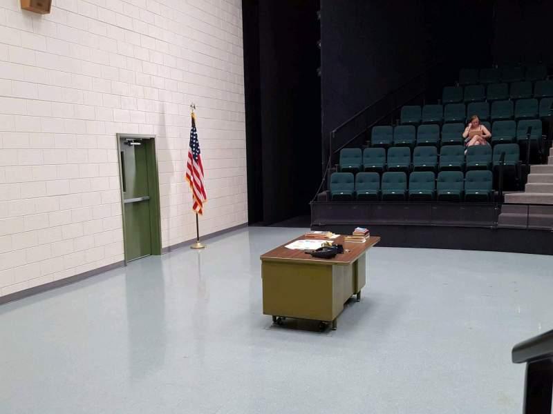 Vista sentada para Vivian Beaumont Theater Secção Orchestra L Fila C Lugar 103