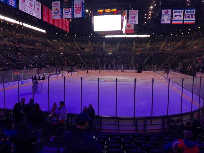 Vista sentada para Nassau Veterans Memorial Coliseum Secção 109 Fila 1 Lugar 9