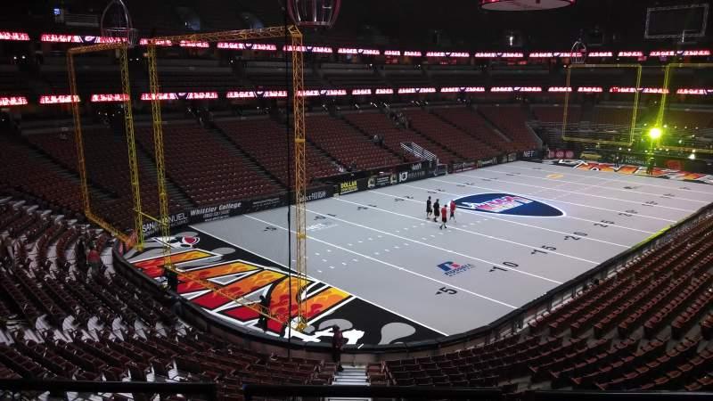 Vista sentada para Honda Center Secção 324 Fila C Lugar 8