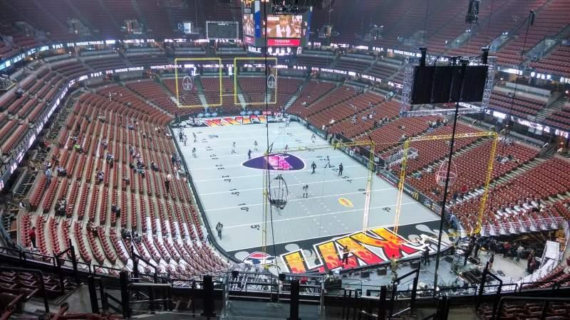 Vista sentada para Honda Center Secção 425 Fila M Lugar 8