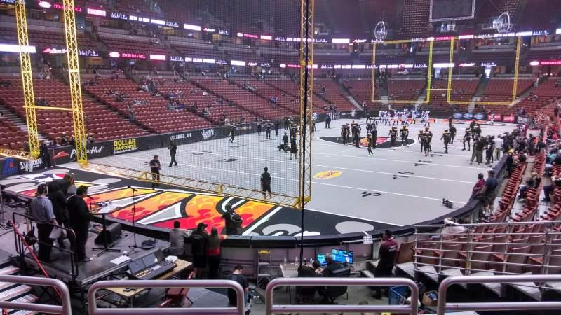 Vista sentada para Honda Center Secção 213 Fila P Lugar 8