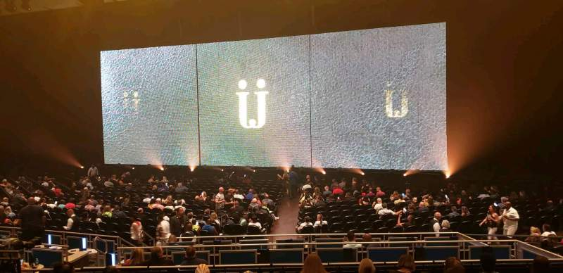 Vista sentada para Park Theater at Park MGM Secção 303 Fila B Lugar 15