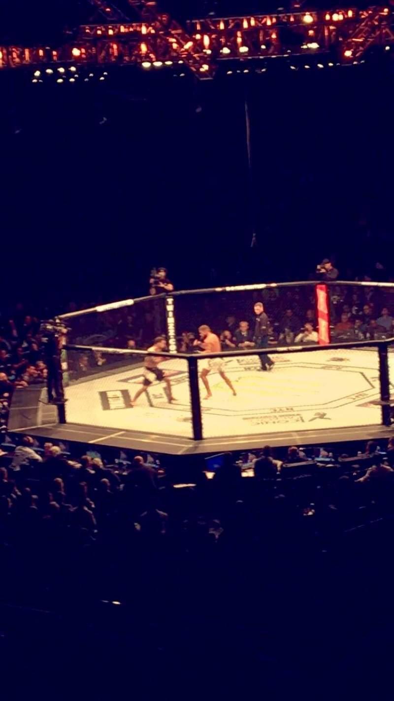 Vista sentada para Madison Square Garden Secção 118 Fila 22 Lugar 19