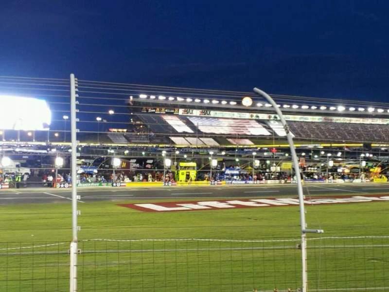 Vista sentada para Charlotte Motor Speedway Secção chrysler Fila 9 Lugar 14
