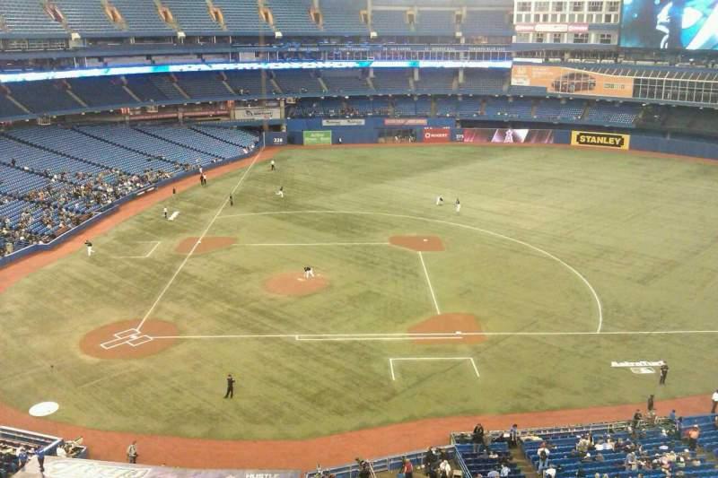 Vista sentada para Rogers Centre Secção 519L Fila 2 Lugar 103