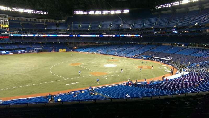 Vista sentada para Rogers Centre Secção 232