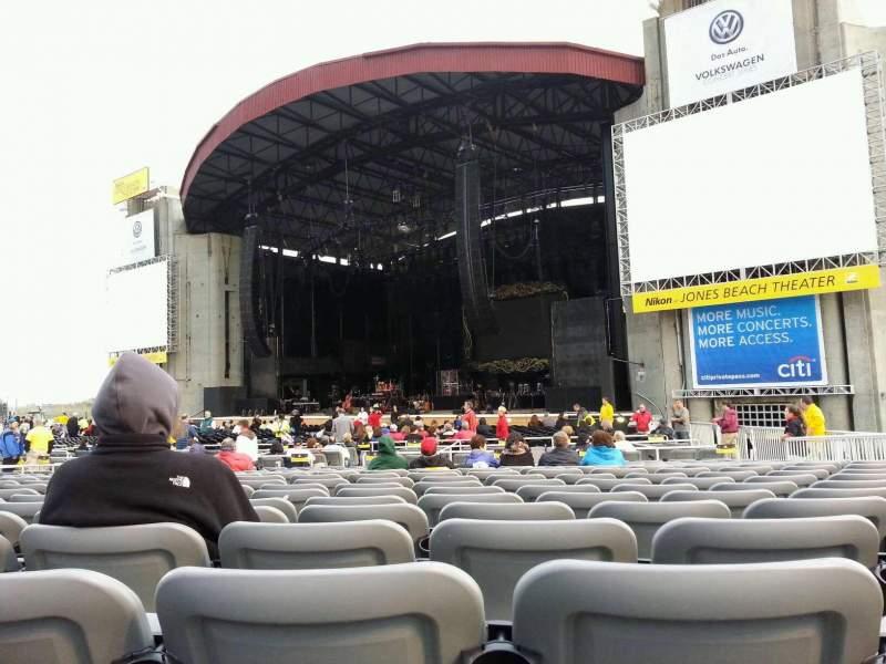 Vista sentada para Jones Beach Theater Secção G Fila SS Lugar 17