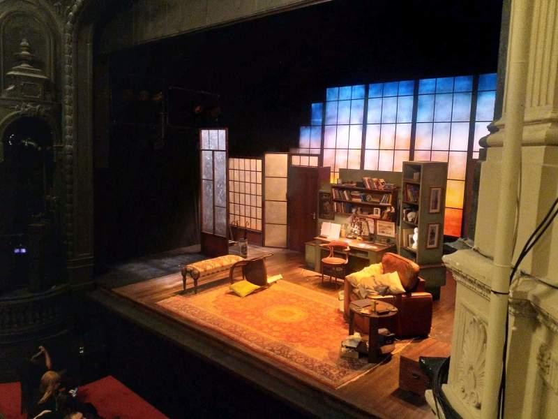 Vista sentada para Ambassadors Theatre Secção Circle Fila C Lugar 4