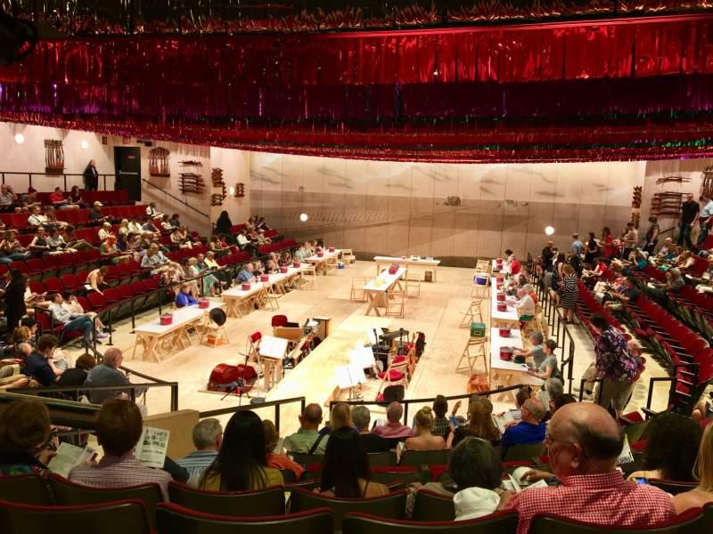 Vista sentada para Circle in the Square Theatre Secção Orchestra 100 (Even) Fila J Lugar 110