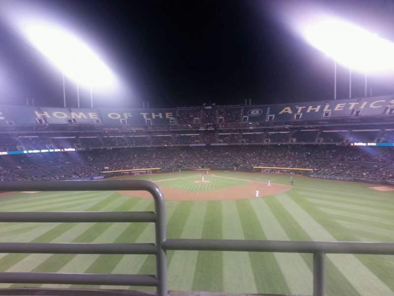Vista sentada para Oakland Coliseum Secção 241 Fila 2 Lugar 16