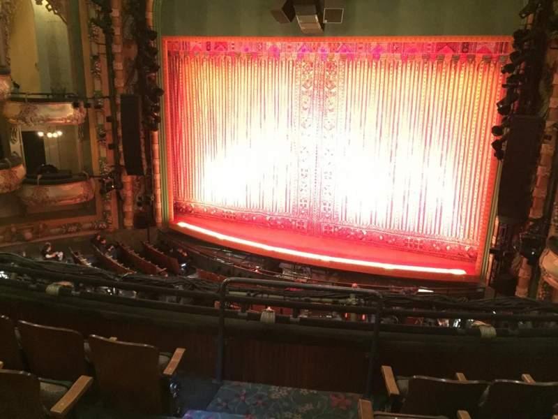 Vista sentada para New Amsterdam Theatre Secção Mezzanine R Fila DD Lugar 4