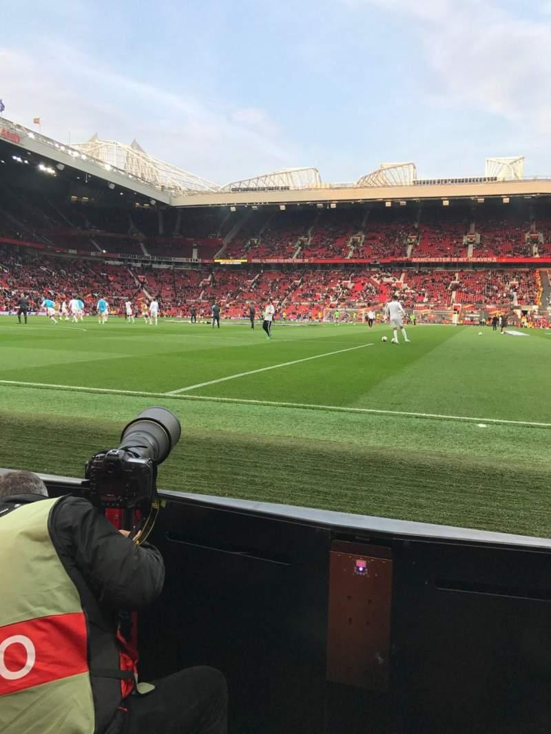 Vista sentada para Old Trafford Secção W105 Fila AA Lugar 74