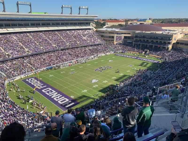 Vista sentada para Amon G. Carter Stadium Secção 413 Fila 8