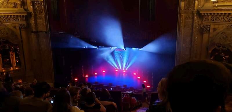 Vista sentada para Chicago Theatre Secção Balcony3R Fila L Lugar 202