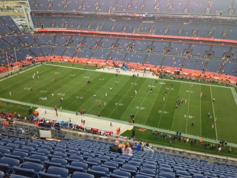 Vista sentada para Broncos Stadium at Mile High Secção 532 Fila 20 Lugar 20