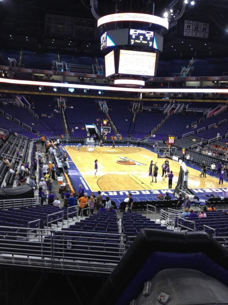 Vista sentada para PHX Arena Secção 121 Fila 20 Lugar 12