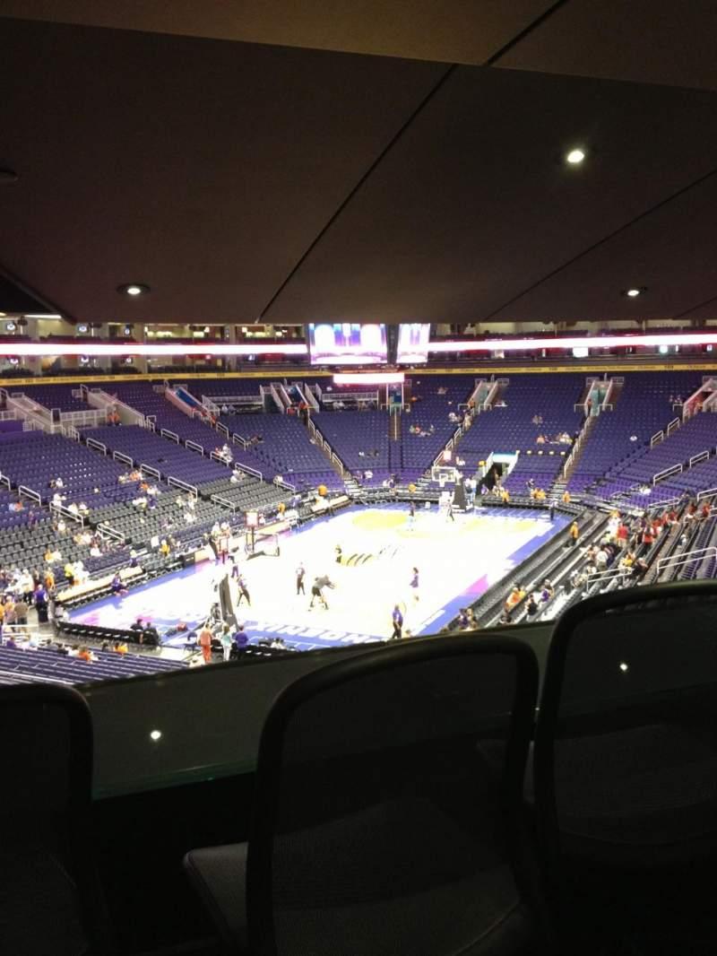 Vista sentada para PHX Arena Secção 117 Fila 30 Lugar 22