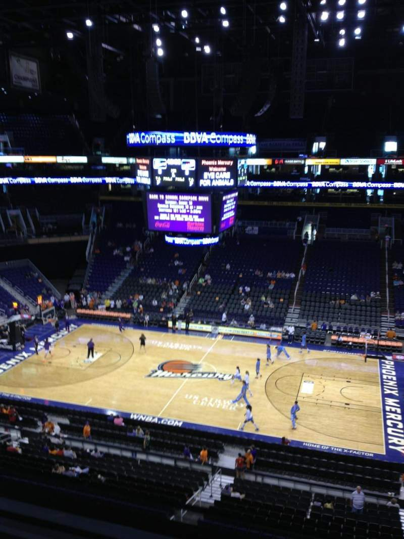 Vista sentada para PHX Arena Secção 218 Fila 1 Lugar 6