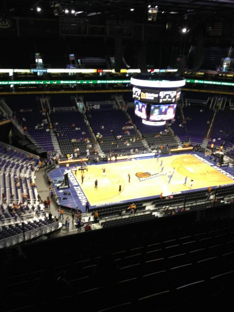 Vista sentada para PHX Arena Secção 221 Fila 13 Lugar 21