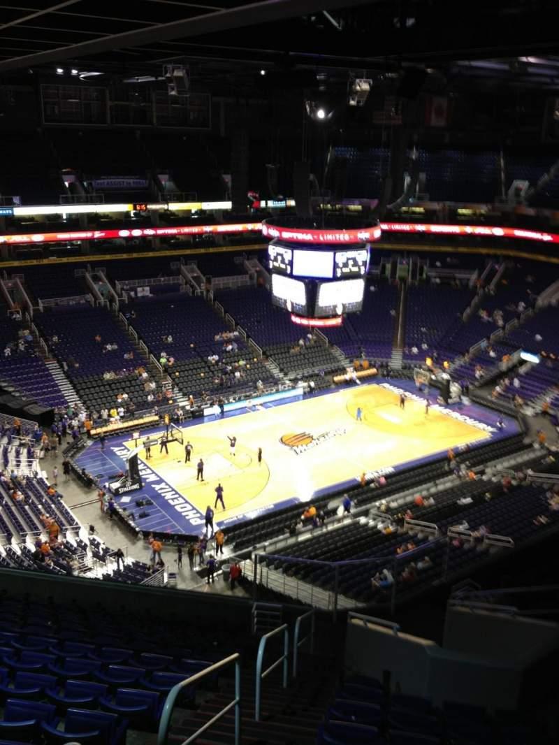 Vista sentada para PHX Arena Secção 222 Fila 14 Lugar 20