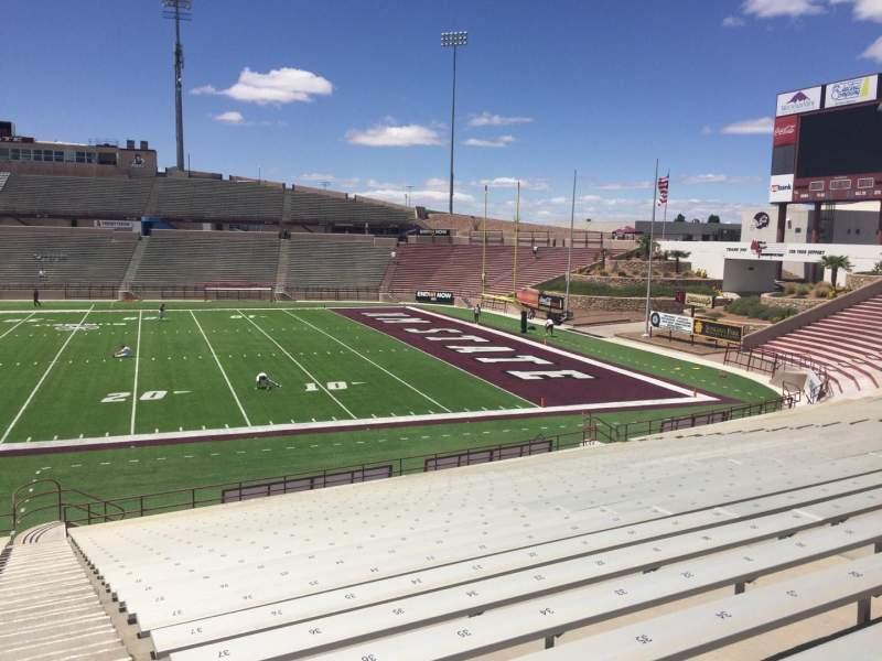 Vista sentada para Aggie Memorial Stadium Secção R Fila 18 Lugar 36