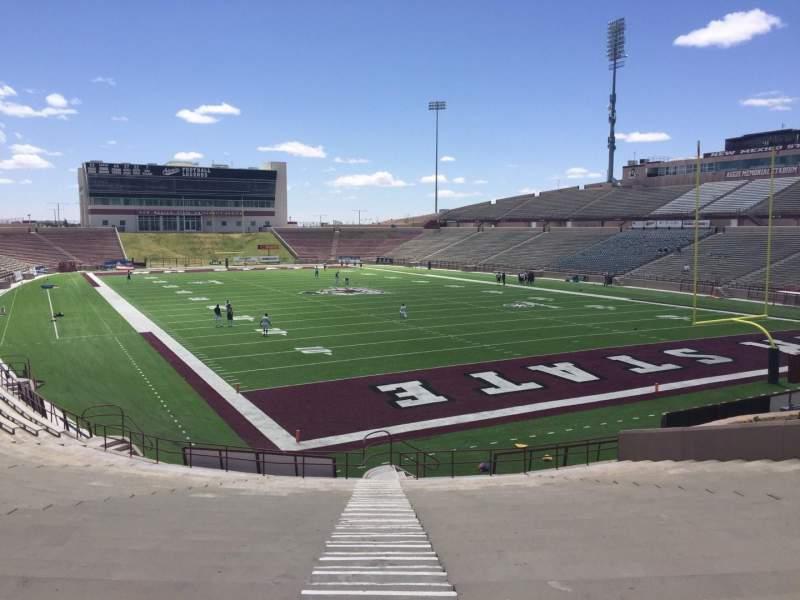Vista sentada para Aggie Memorial Stadium Secção P Fila 18