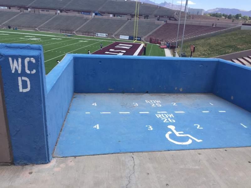 Vista sentada para Aggie Memorial Stadium Secção C Fila 25/26 Lugar 1-4