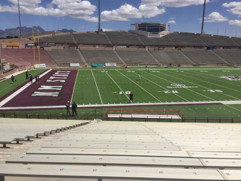 Vista sentada para Aggie Memorial Stadium Secção J Fila 18 Lugar 33