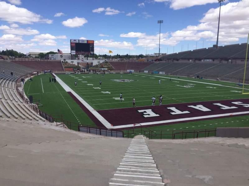 Vista sentada para Aggie Memorial Stadium Secção C Fila 18