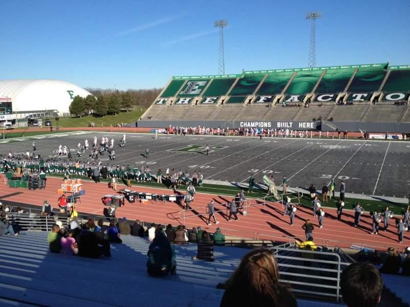 Vista sentada para Rynearson Stadium Secção 107 Fila BB Lugar 1