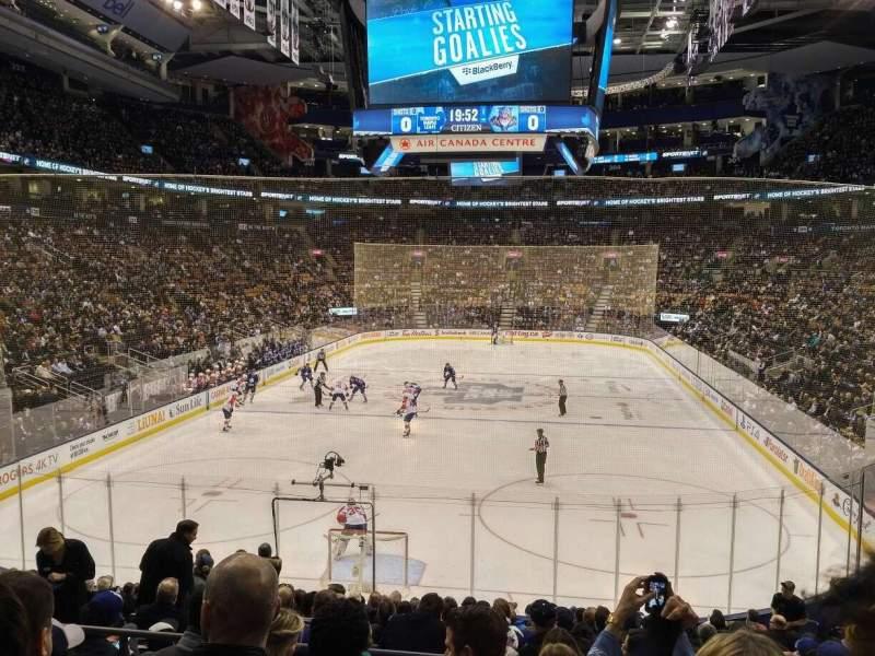 Vista sentada para Scotiabank Arena Secção 113 Fila 21 Lugar 11