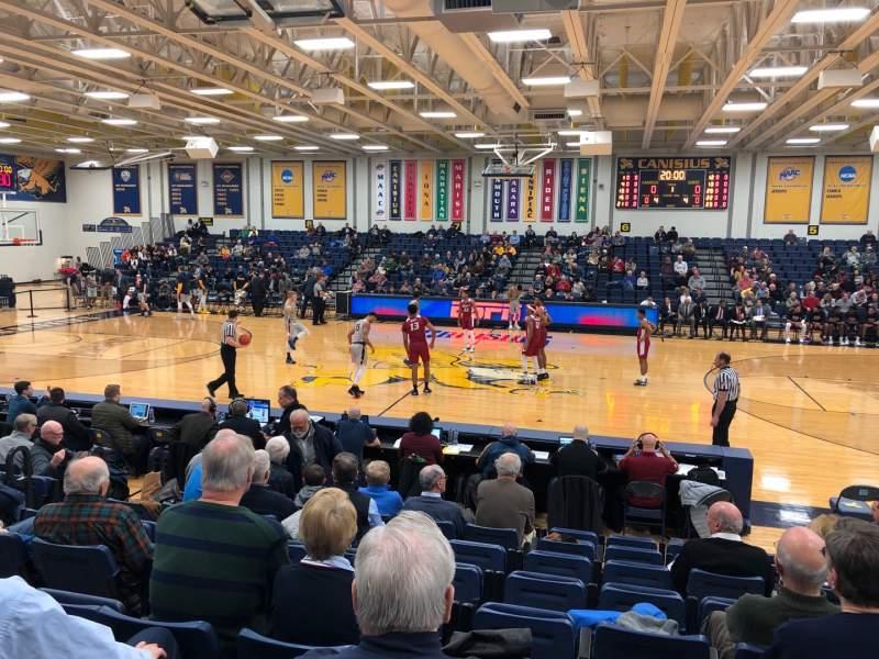 Vista sentada para Koessler Athletic Center Secção 2 Fila J Lugar 5