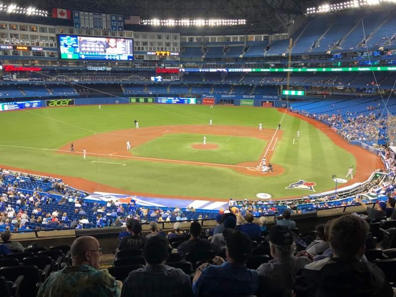 Vista sentada para Rogers Centre Secção 226L Fila 10 Lugar 104