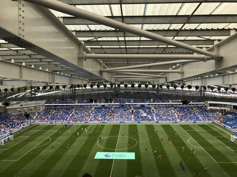 Vista sentada para American Express Community Stadium Secção W3D Fila X Lugar 99
