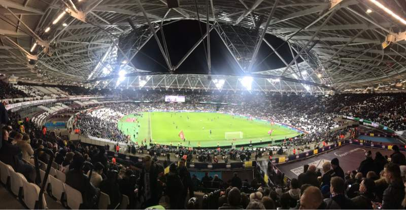 Vista sentada para London Stadium Secção 219 Fila 51 Lugar 83