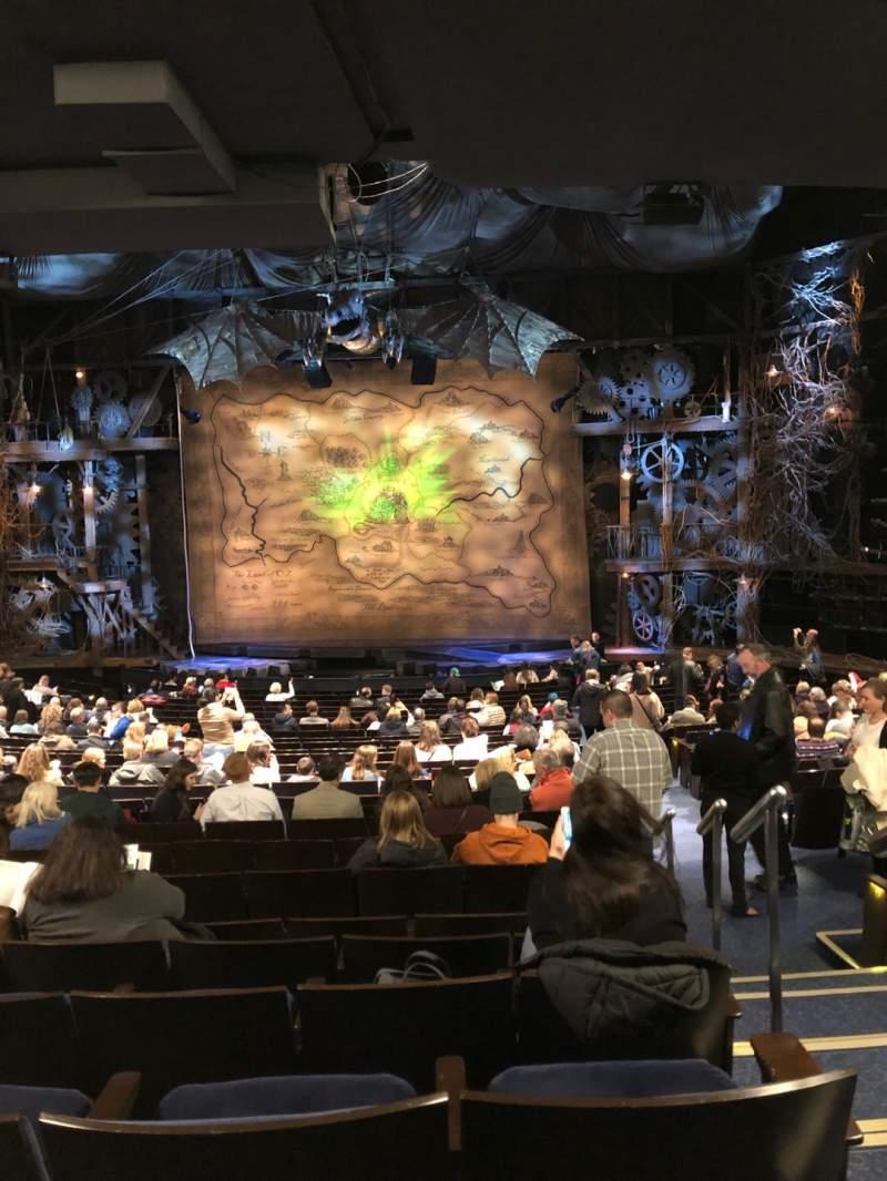 Vista sentada para Gershwin Theatre Secção Orchestra C Fila W Lugar 118