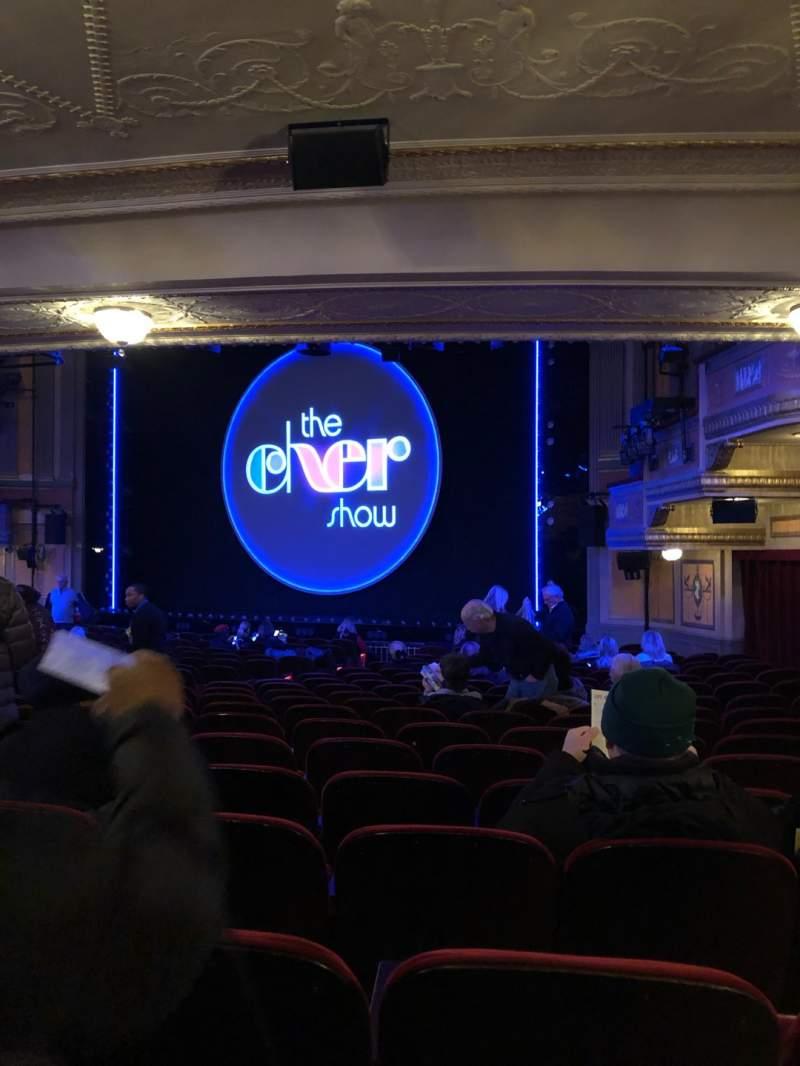 Vista sentada para Neil Simon Theatre Secção Orchestra R Fila U Lugar 22